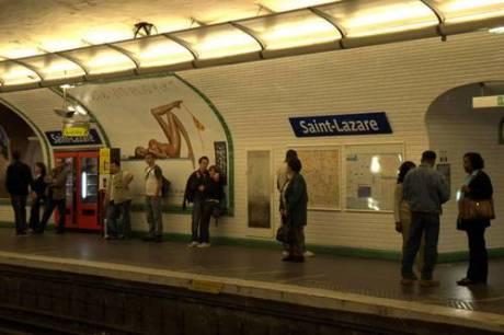 Metro station Saint-Lazre